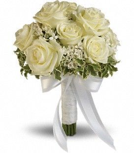 Toronto wedding party flowers