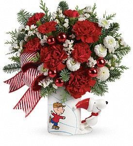 PEANUTS Christmas Mug Bouquet